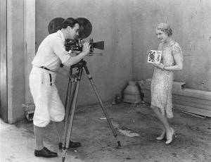 movie-camera-1920s-granger